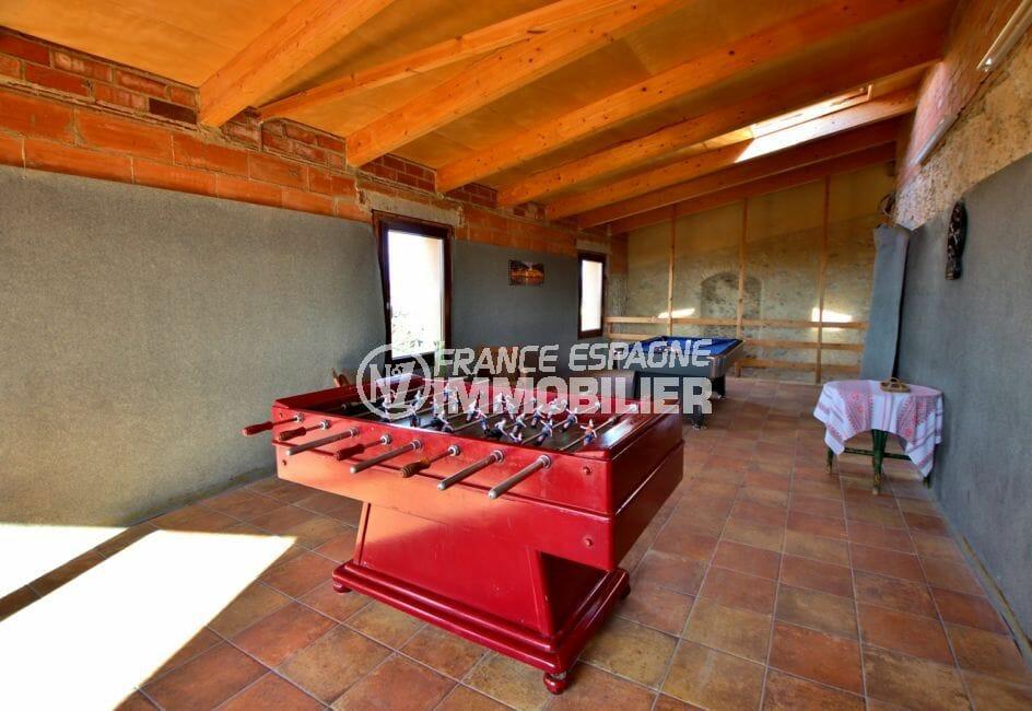 n1immobilier: villa 581 m², aperçu de la première salle de jeux à l'étage