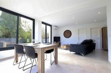 maison a vendre rosas, 3 chambres 105 m²,  salon / salle à manger très lumineuse