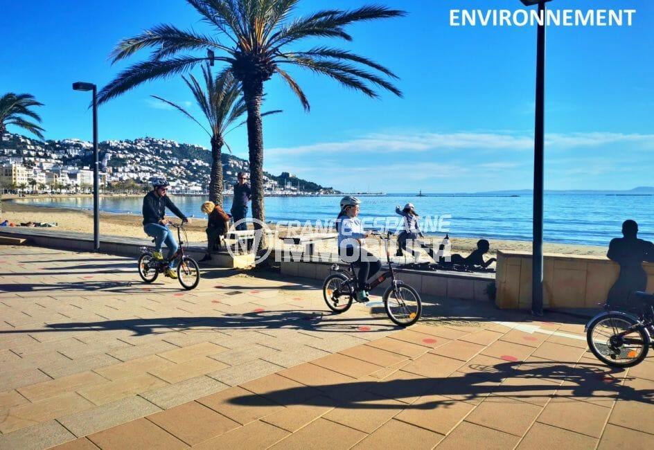 promenade près de la plage environnnate, puig rom aux environs