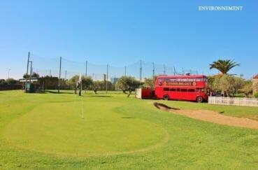 pitch and putt à castello / empuriabrava, terrain de golf loisirs aux environs