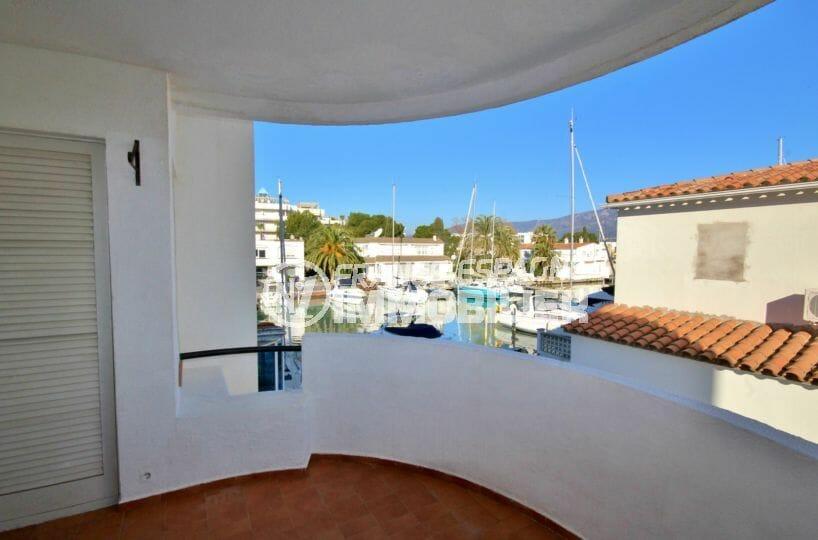 appartement a vendre rosas: 3 pièces 53 m², terrasse vue canal, amarre 7m,