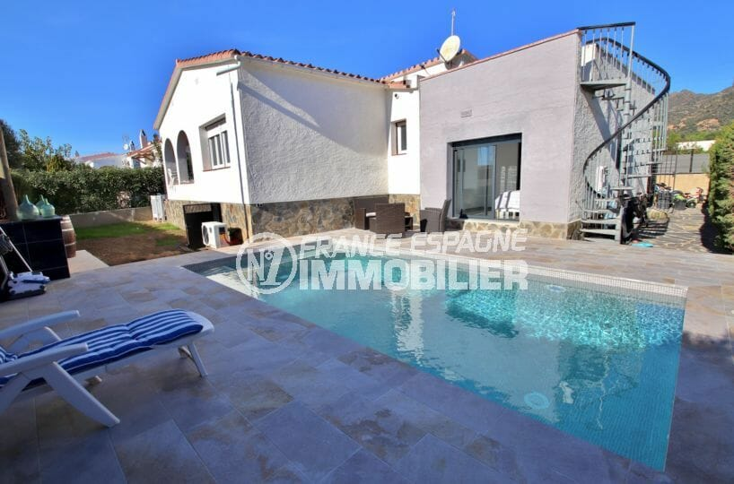maison a vendre rosas: villa 140 m² sur terrain de 407 m², terrasse solarium vue mer, piscine, garage,