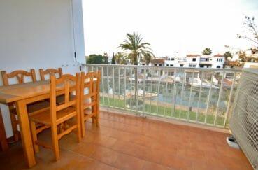 appartement a vendre empuriabrava: 2 pièces 37 m², terrasse avec vue canal, plage 600 m