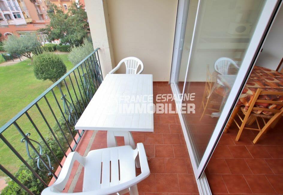 agence immobiliere costa brava: appartement 46 m² avec terrasse vue piscine