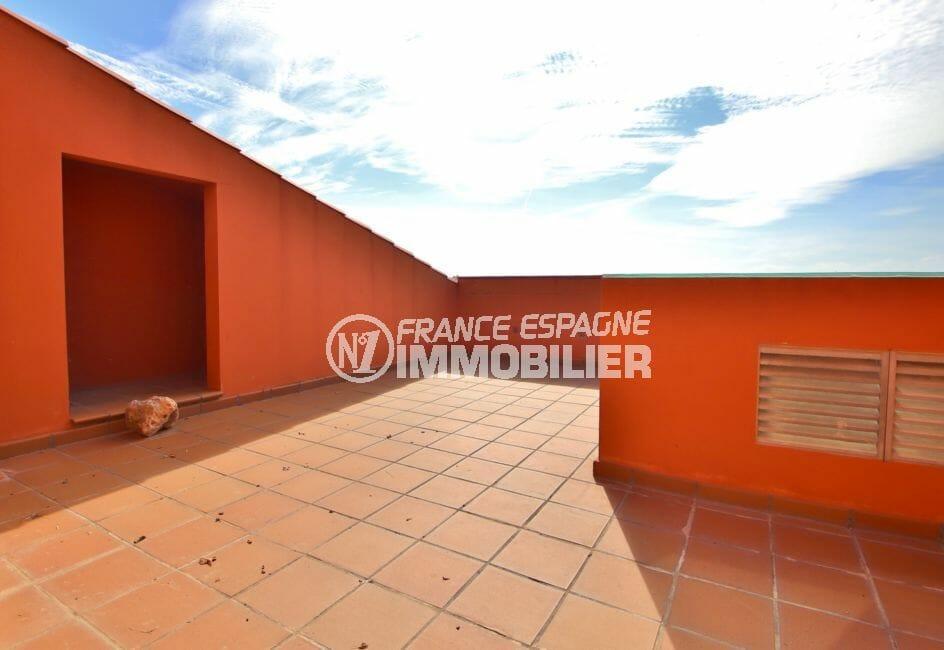 immo roses: appartement 208 m², duplex atico avec terrasse solarium de 37 ²