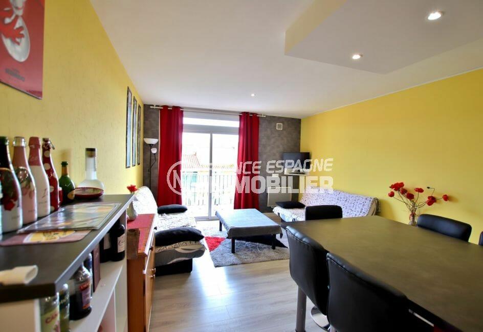 immocenter empuriabrava: 4 pièces 65 m², salon/séjour donnant sur balcon 6 m²