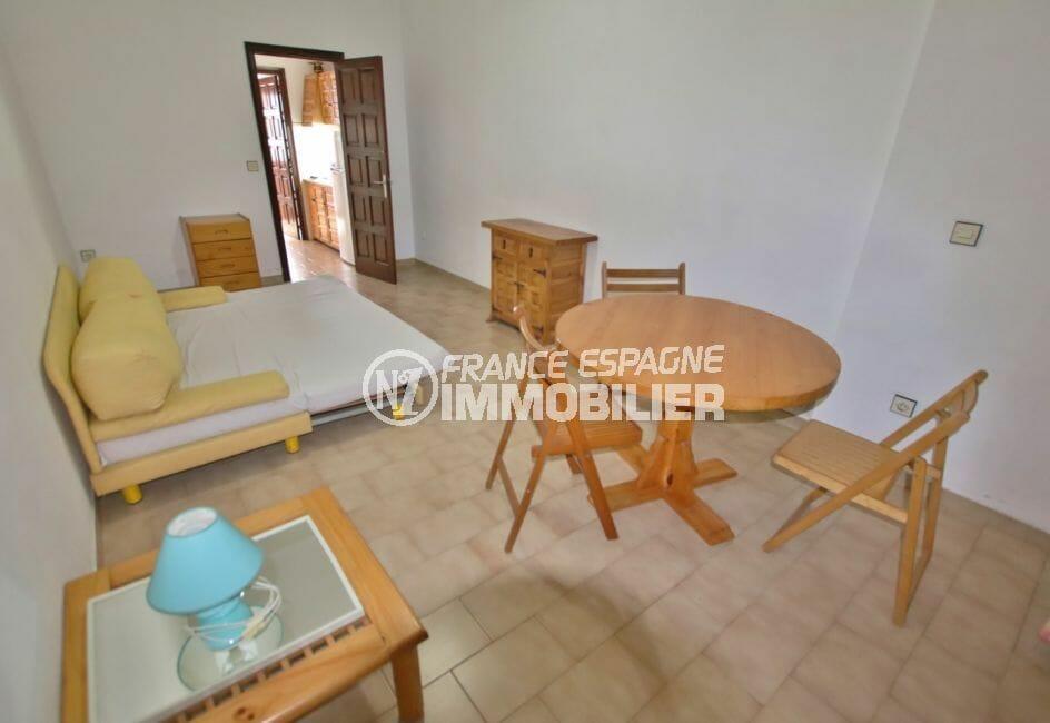vente maison empuriabrava: salon/séjour, canapé convertible pour couchage