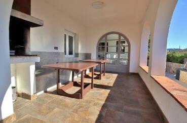 maison a vendre roses,plain pied 140 m² avec piscine et magnifique terrasse solarium