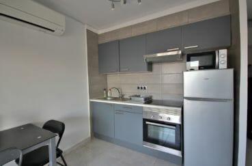 agence immobilière costa brava: 2 pièces 37 m², coin cuisine aménagée et équipée