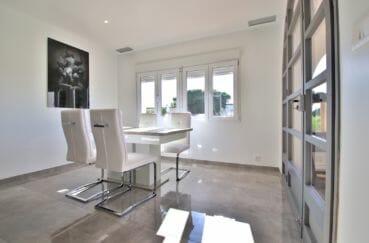 vente immobilier rosas espagne: villa 140 m², salle à manger très lumineuse, exposition sud