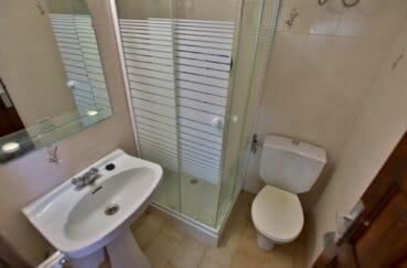 achat maison empuriabrava: villa 65 m², salle d'eau, cabine de douche et wc