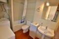 agence empuriabrava: appartement 46 m², salle de bain avec baignoire et wc