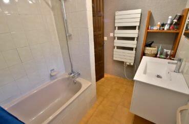 vente appartements rosas espagne, 67 m², salle de bains attenante à la suite parentale