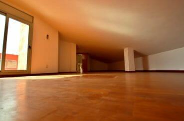appartement à vendre à rosas, atico, deuxième suite parentale avec salle de bains attenante
