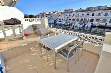 vente appartement empuriabrava; appartement 58 m², belle terrasse avec vue sur canal