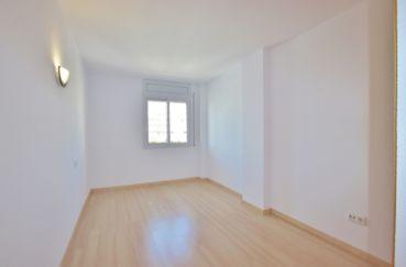 appartement à vendre à rosas espagne, 67 m² avec piscine communautaire, 1° chambre à coucher