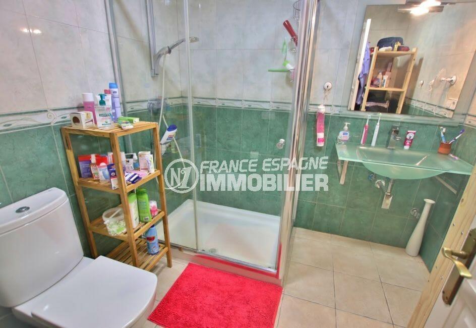 la costa brava: appartement 58 m², salle d'eau avec douche, empuriabrava