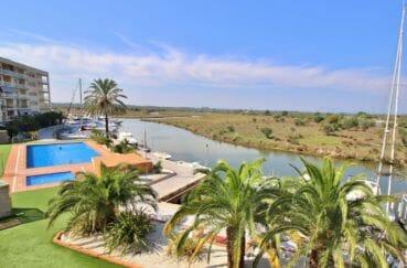 appartement à vendre à rosas en espagne, 87 m² avec piscine en commun et jacuzzi