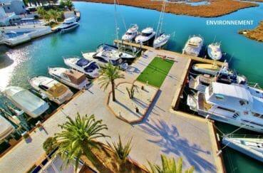 appartement avec terrasse, magnifique vue du canal, possibilité amarre