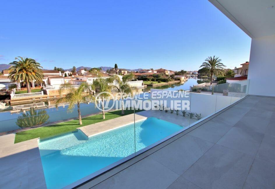 achat maison empuriabrava: villa 334 m², piscine avec une magnifique vue canal