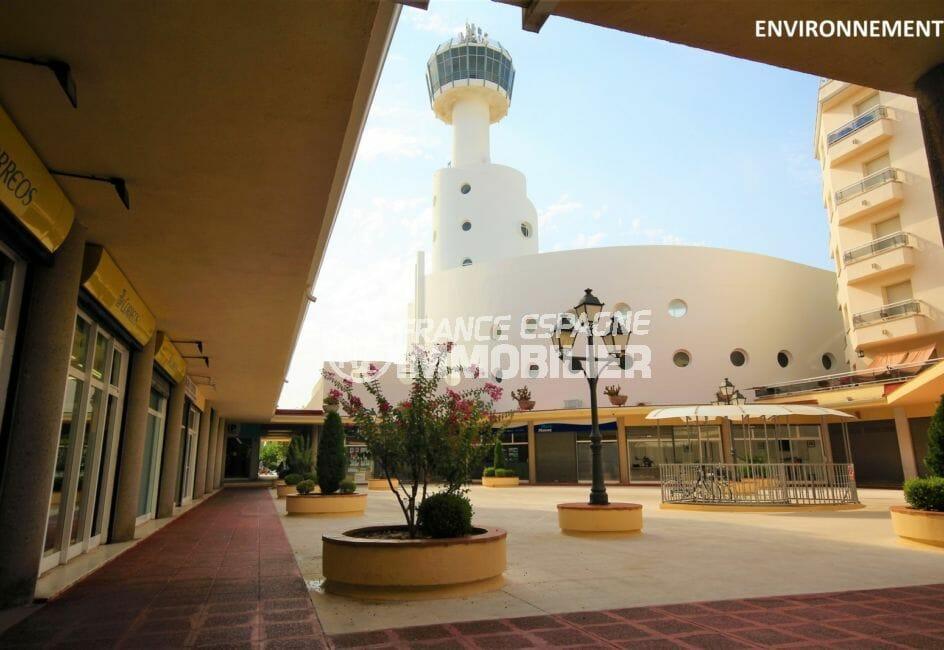 immo costa brava: appartement 58 m², résidence à 1000 m de la plage et 600 m des commerces