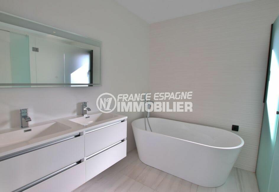 la costa brava: villa 334 m², salle de bain avec baignoire, empuriabrava