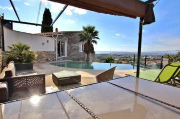 maison a vendre rosas, ref.4076, rénovée vue mer avec piscine, garage et appartement indépendant