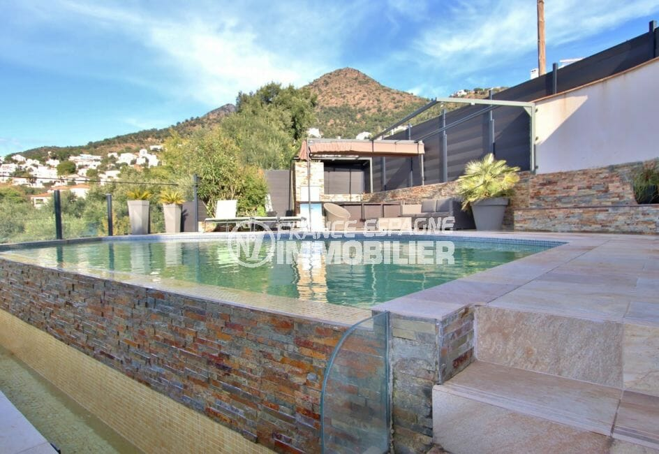 agence immobiliere costa brava: villa 192 m², terrain de 400 m² avec piscine privée