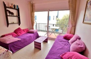 vente appartement rosas, 5 pièces 62 m², salon/séjour avec belle terrasse