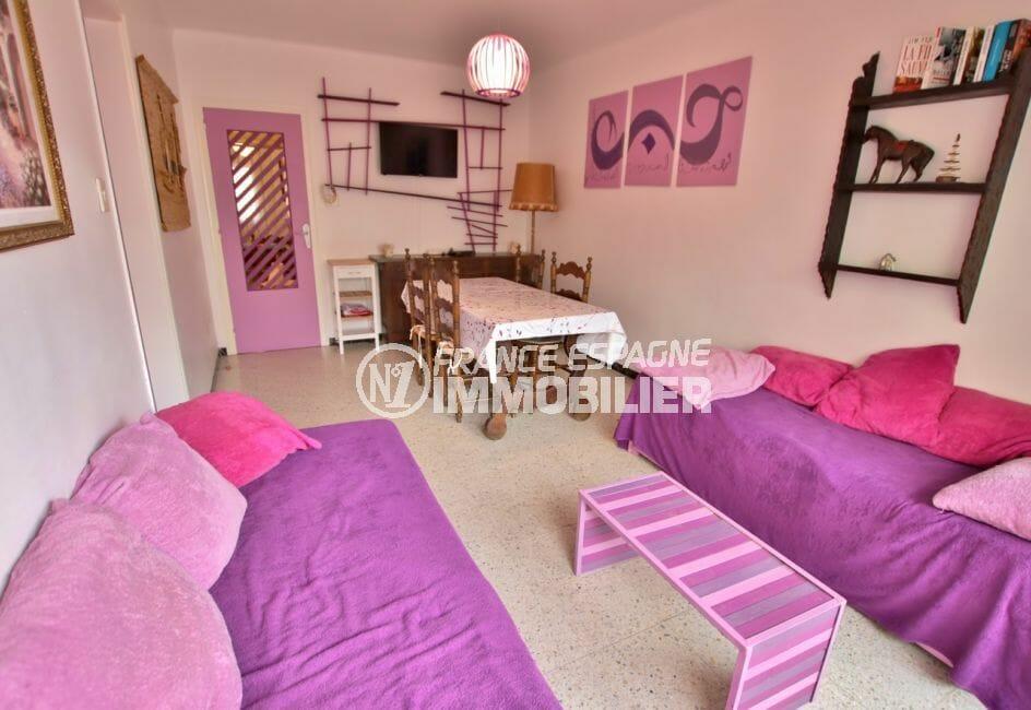 roses espagne: appartement 5 pièces 62 m², salon et séjour, cuisine indépendante