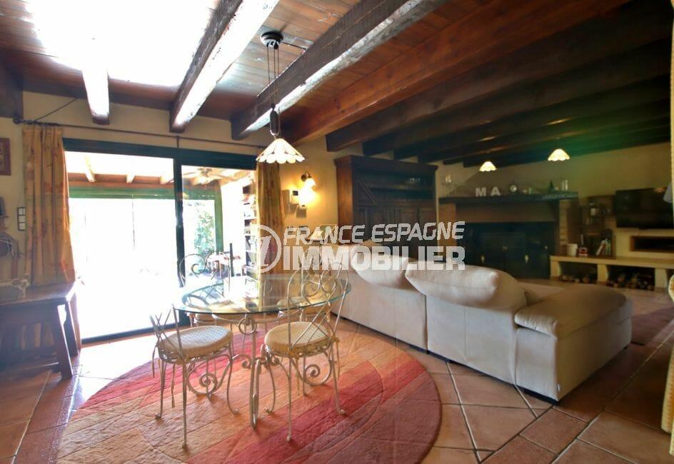 acheter maison costa brava, villa 280 m², salon / séjour avec accès véranda