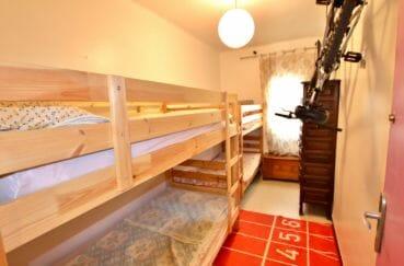achat appartement rosas, 5 pièces 62 m², 3° chambre, lit superposé, placard