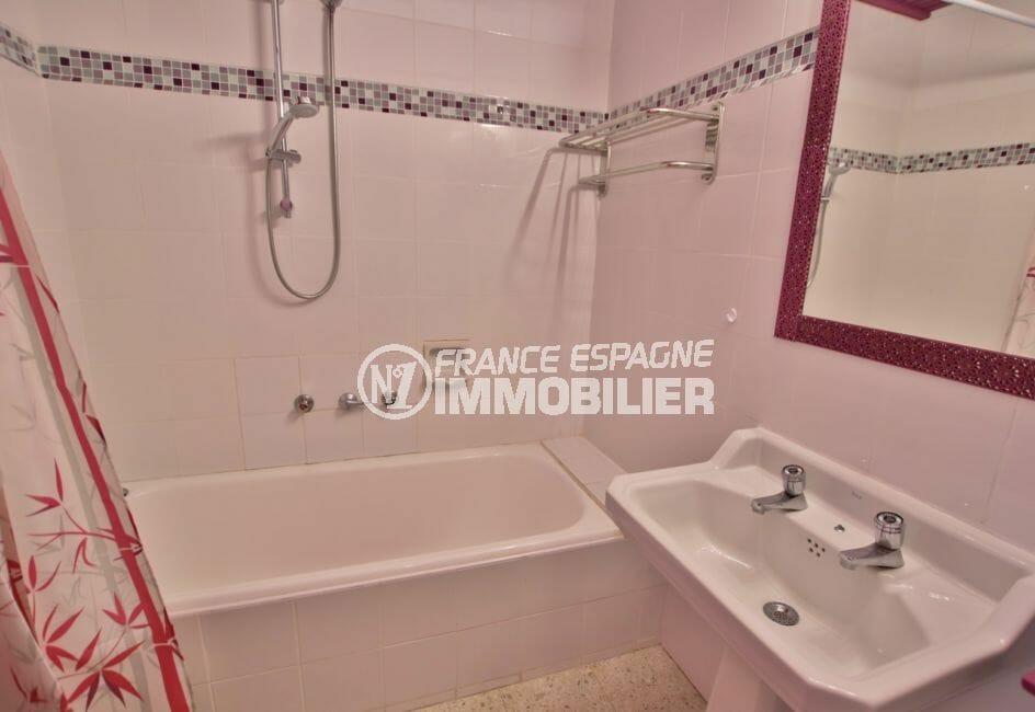 appartement a vendre a rosas, 5 pièces 62 m², salle de bain avec baignoire