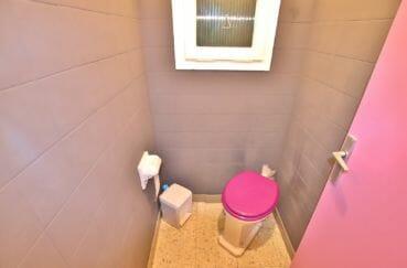 vente appartement roses espagne, 5 pièces 62 m², wc indépendant de la salle de bain