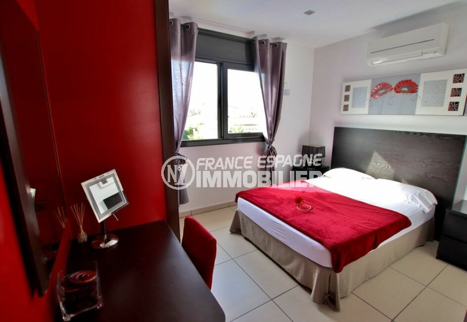 agence immobiliere costa brava espagne: villa 171 m², deuxième chambre double avec espace bureau