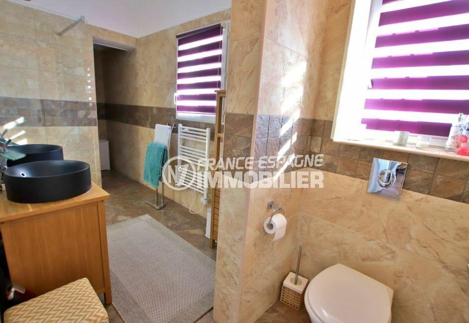 maison a vendre espagne rosas, appartement indépendant, salle d'eau avec wc