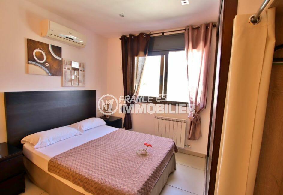 empuriabrava immobilier vente: villa 171 m², troisième chambre avec placards