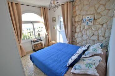 maison a vendre espagne costa brava, garage, appartement indépendant première chambre double