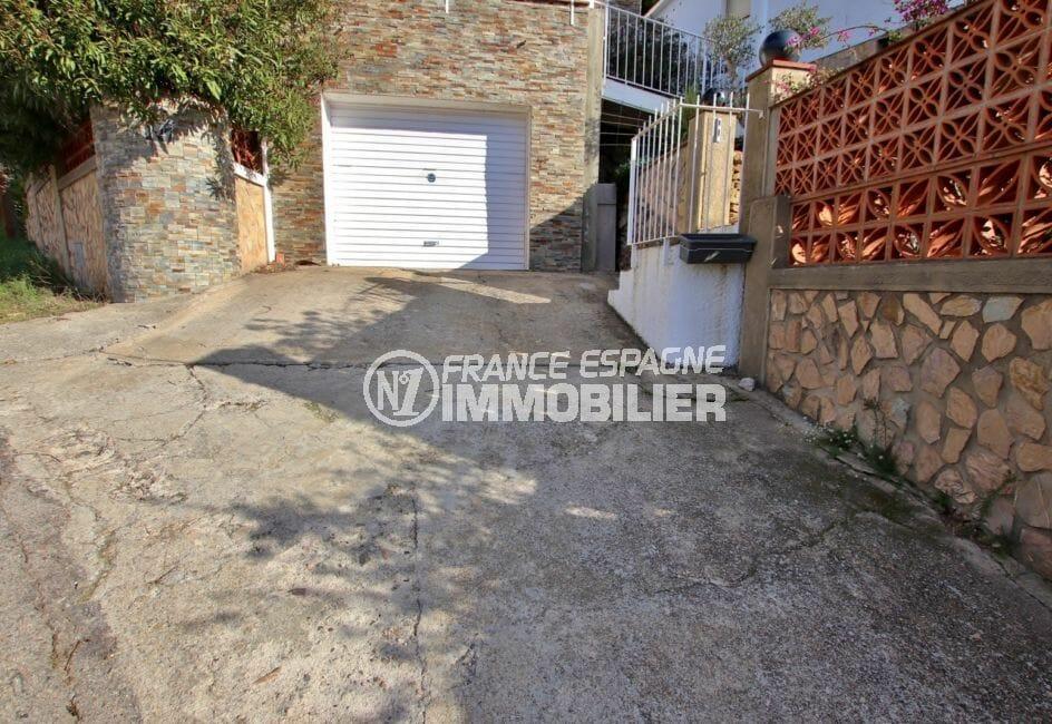 vente villa rosas, appartement indépendant, aperçu du garage de 22 m²