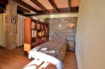 vente villa costa brava, villa 280 m², chambre à coucher avec dressing dans appartement indépendant
