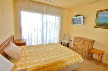 vente immobiliere costa brava: villa 282 m², chambre avec lit double avec accès terrasse