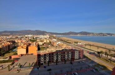 empuriabrava immo: appartement vue mer, exposition sud, proche plage et commerces