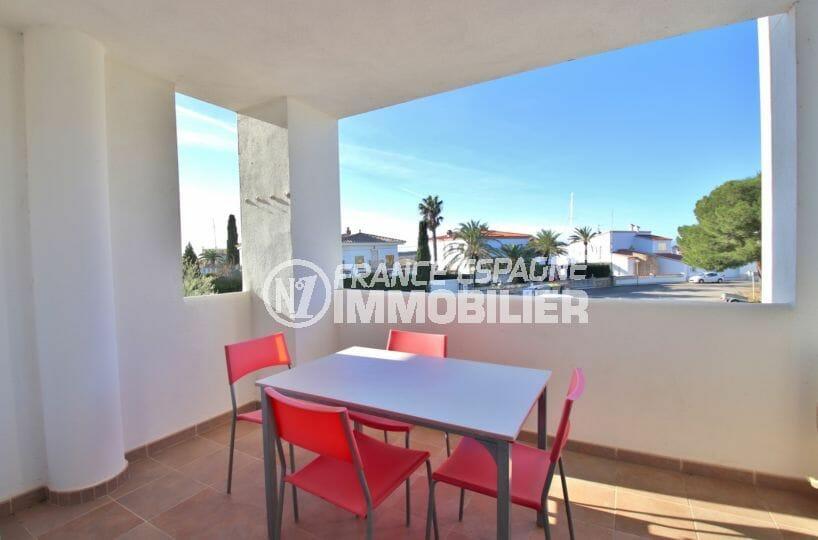 vente appartement rosas, santa margarita, 3 chambres, terrase couverte, piscine, proche plage