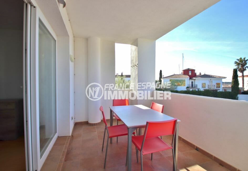 achat appartement rosas, terrasse couverte de 9 m², vue dégagée, expostion sud-ouest