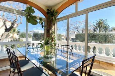 la costa brava: villa 200 m² avec une jolie terrasse véranda, exposition sud