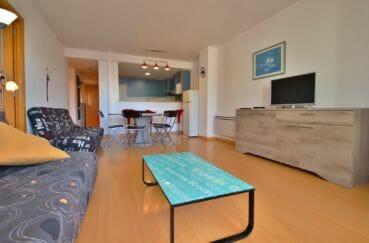 appartement a vendre a rosas, salon / séjour avec cuisine américaine