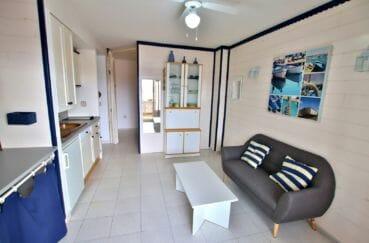 empuriabrava immo: appartement 25 m², salon / séjour avec coin cuisine