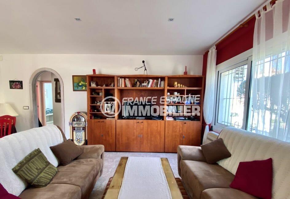 maison a vendre espagne bord de mer, 136 m², salon, exposition sud, voûte de séparation