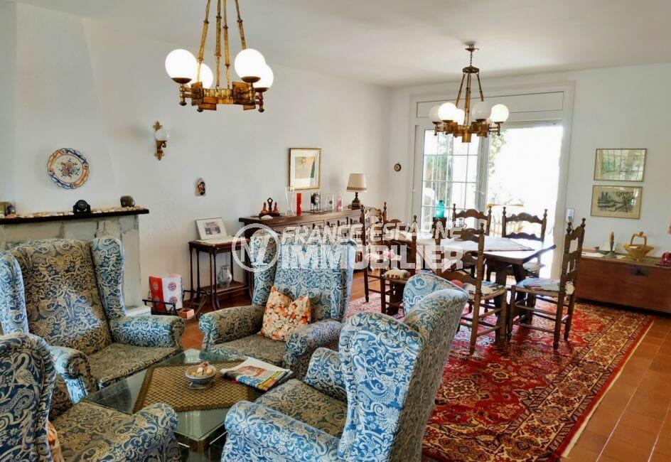 maison a vendre empuriabrava avec amarre, 200 m², salon / séjour avec terrasse, cheminée