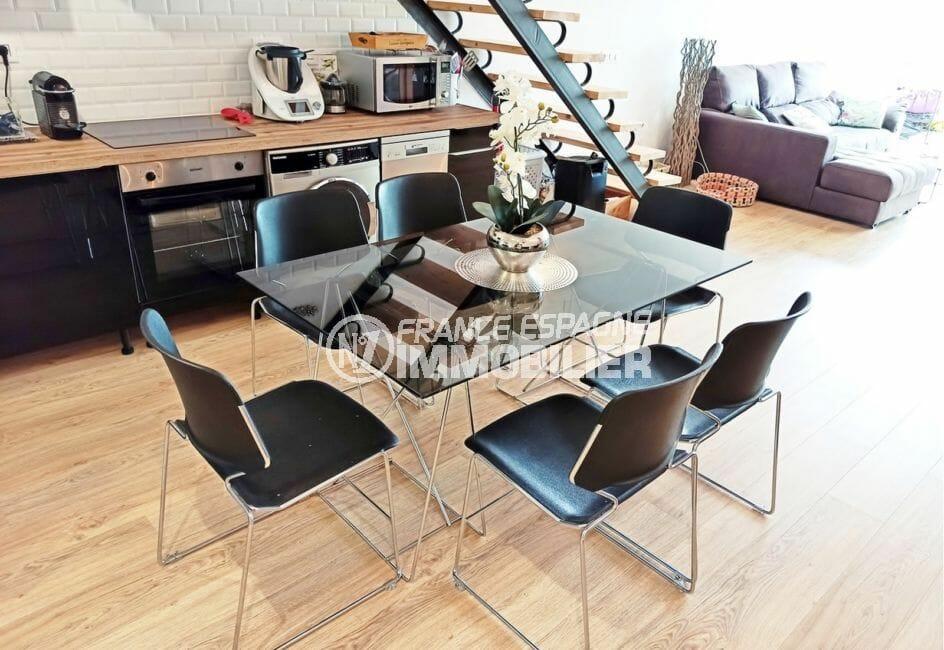 maison empuriabrava avec amarre, 96 m² avec amarre, cuisine ouverte aménagée